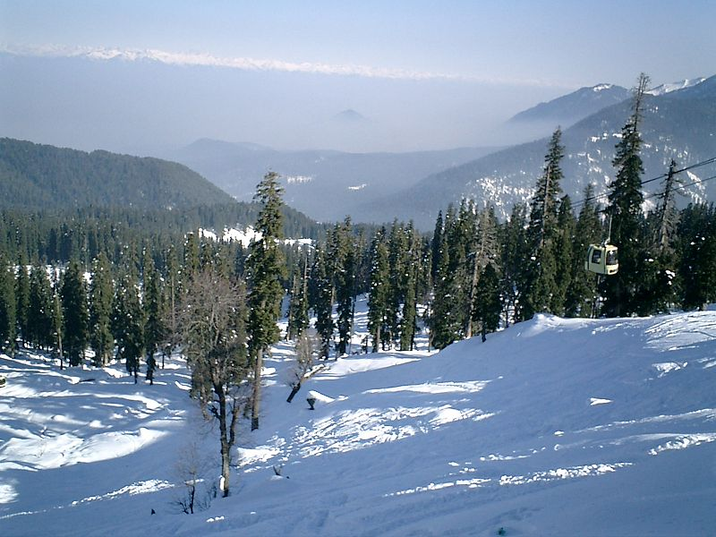 Gulmarg in Winter - snow fall