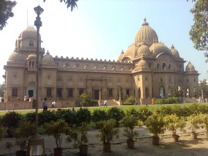 belur-math-sideview