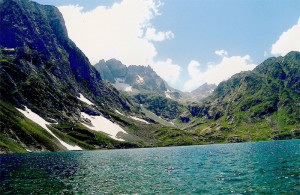 sonamarg-lake