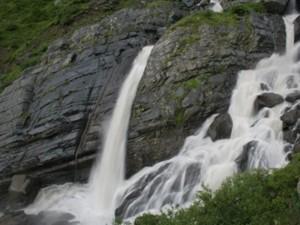 Dhanchoo waterfall