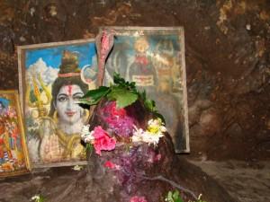 borra caves lord-shiva lingim