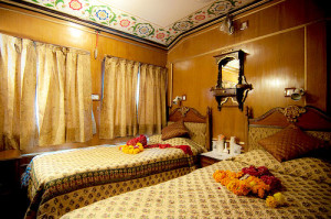 twin-bedroom - palace on wheels