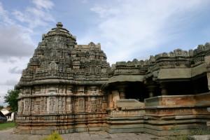 Belavadi - trikuta temple