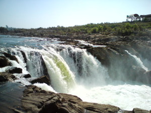 Dhuandhar Falls - Bhedaghat Jabalpur