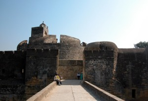 Diu fort Tourists Places To Visit In Daman And Diu
