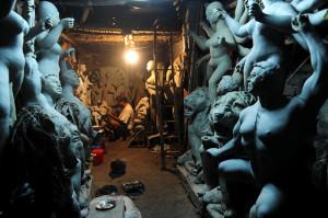 kumartuli idol maker Kumartuli