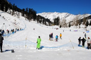 manali snowfall Enjoy the natural beauty of Kullu Manali