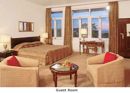 India_Shimla_clarkes_hotel_room