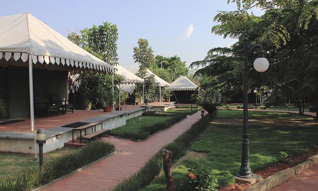 olde-bangalore-hotel