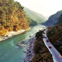 Road to Darjeeling Get to know more about the best places to visit in India