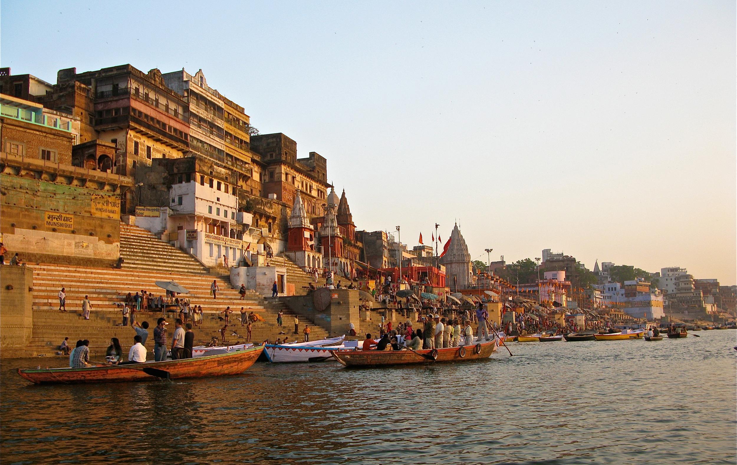 Varanasi-ghat-view