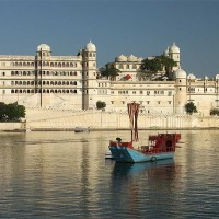 Lake palace udaipur1 Most Romantic Destinations in India to Kick Start Your Married Life
