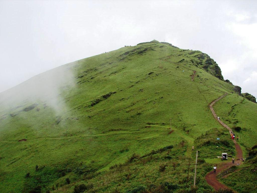 Mullayanagiri-by-vehicle