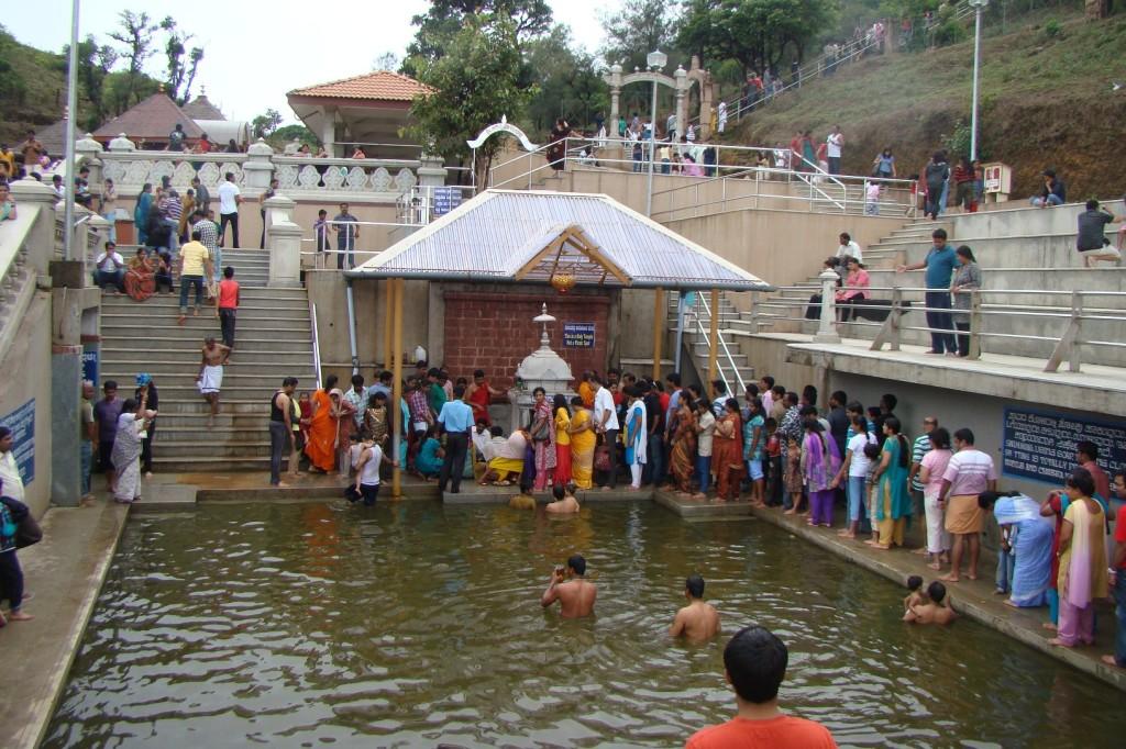 Thalakkaveri_Temple,_Karnataka