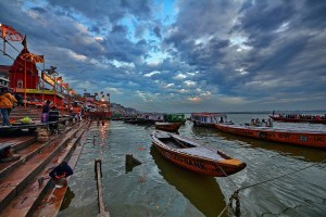 boat-ride-in-ganges-river