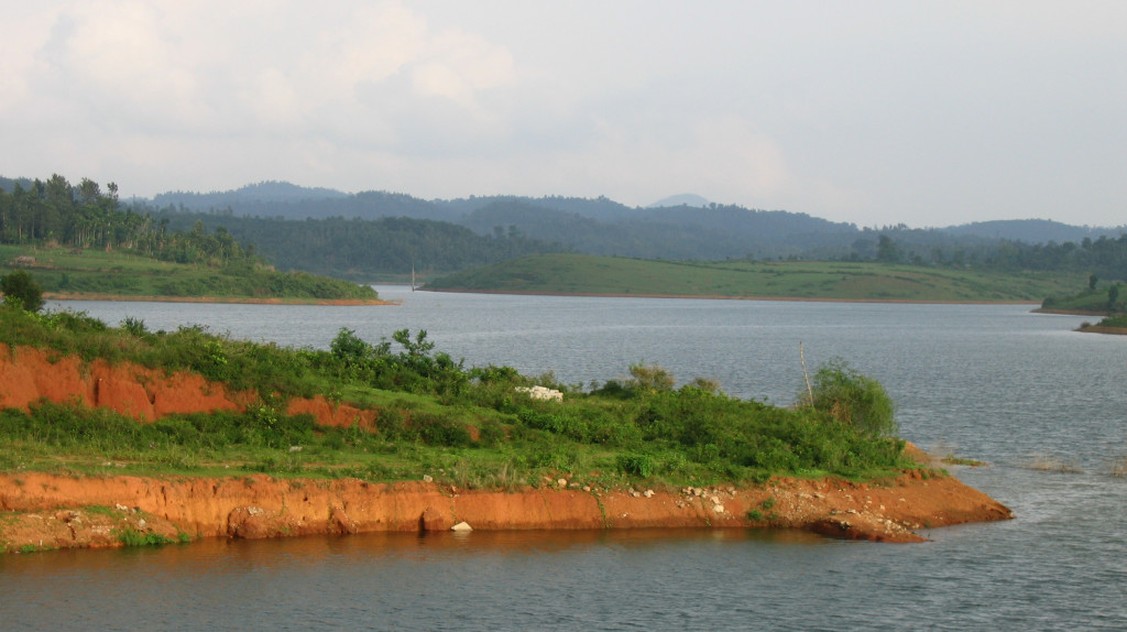 Karapuzha_dam_and_around,_Wayanad9