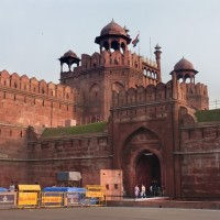 Red Fort in delhi 30 things do to after turning 30 in India