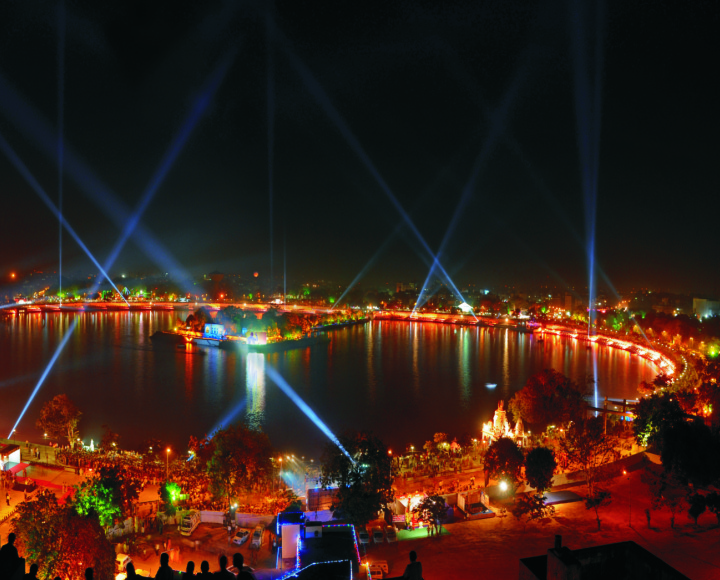 ahmedabad ttd kankarialake Top 10 attractions of the two most developed twin cities of India: Ahmedabad and Gandhinagar