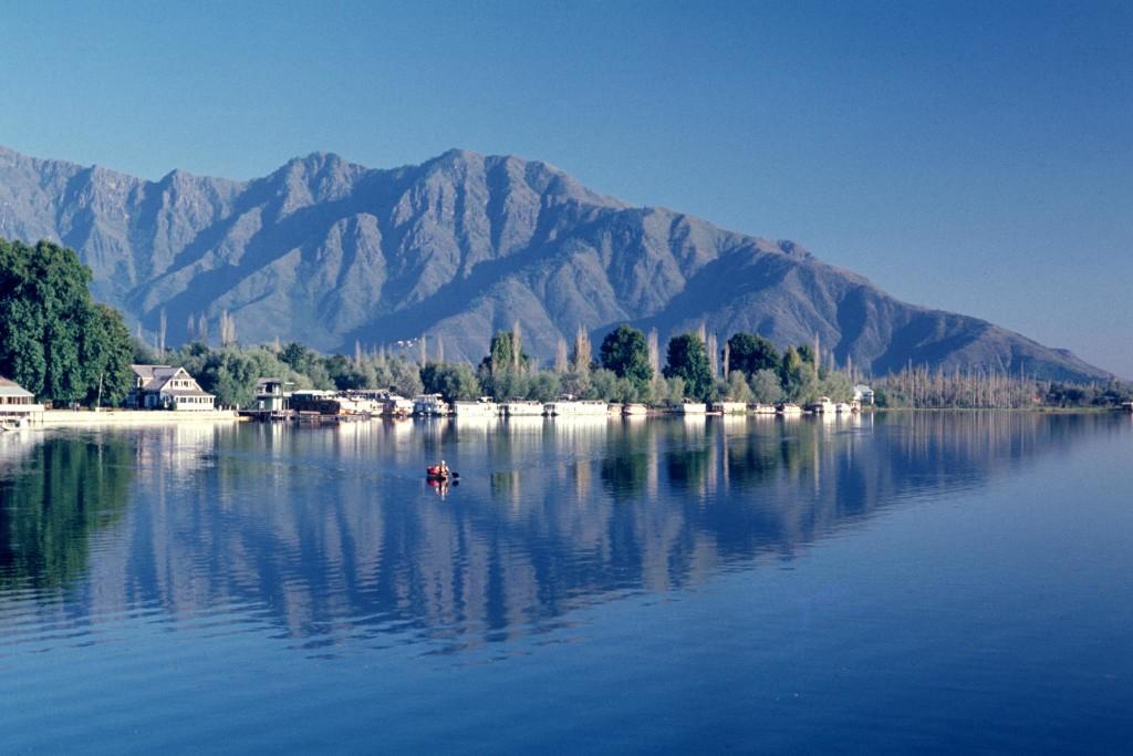 dal-lake2
