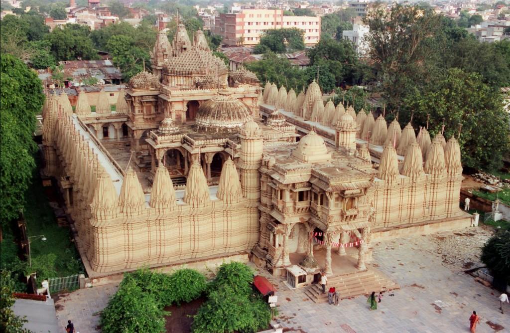 hutheesing-jain-temple