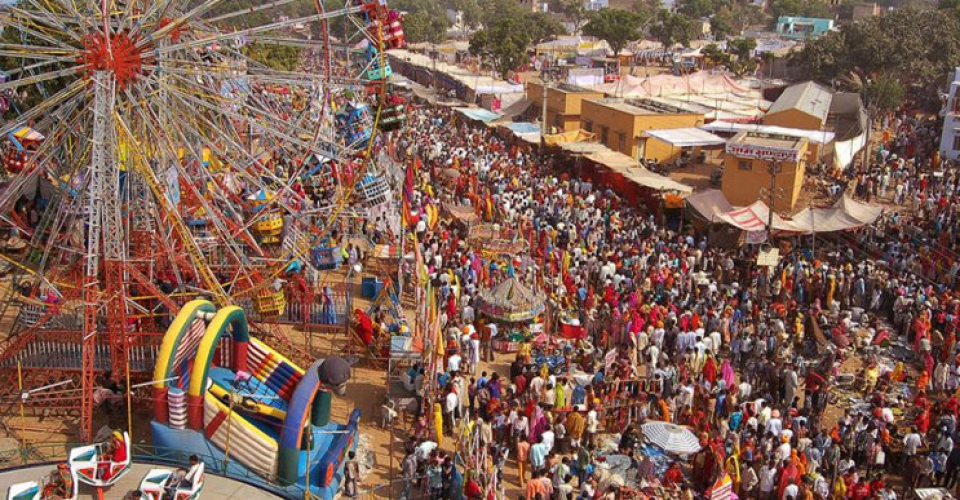 pushkar-fair-rajasthan-tour-planner-1-960x500_c