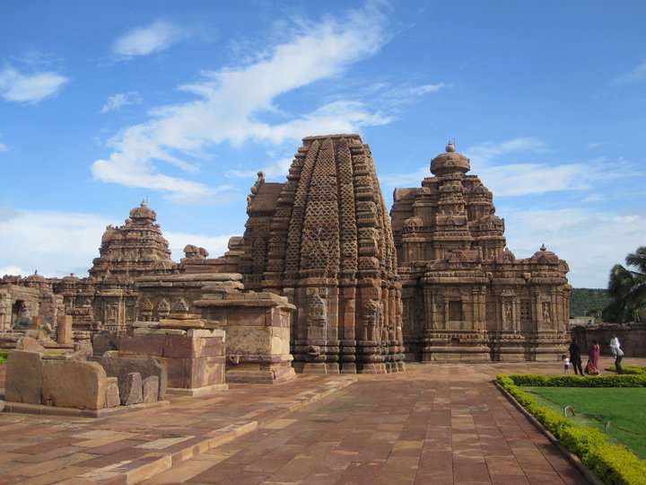 1777-complex-of-virupaksha-temple-hampi-karnataka