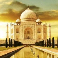 Taj Mahal Agra1 A few really romantic honeymoon destinations in India