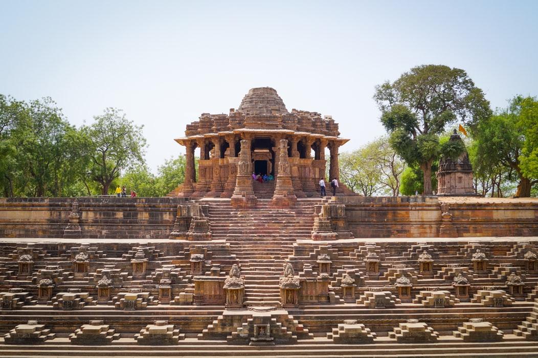 photo 1573131615374 9b754dfeeb0e A Short List of 7 Sun Temples of India