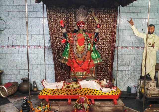 8 Temples Of Kolkata; A List For The Religious YOU 4