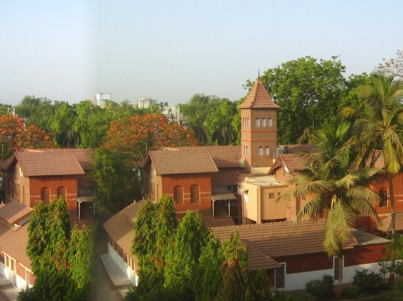 461310589Vadodara Aurobindo Ashram Main1 10 Best Ashrams in India for Yoga and Meditation