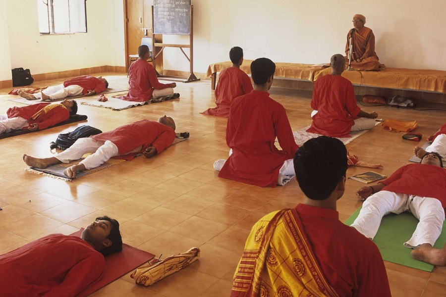 Bihar Yoga 10 Best Ashrams in India for Yoga and Meditation