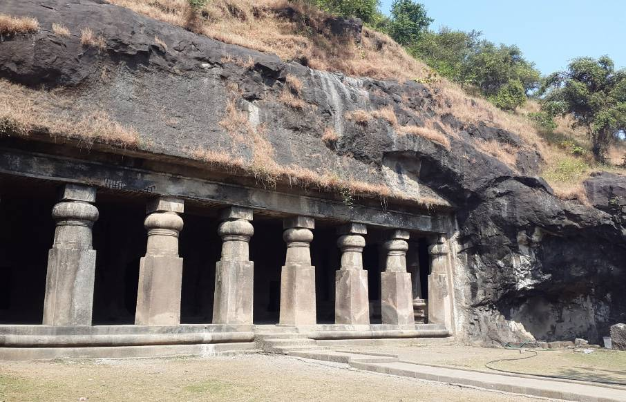 Elephanta caves india