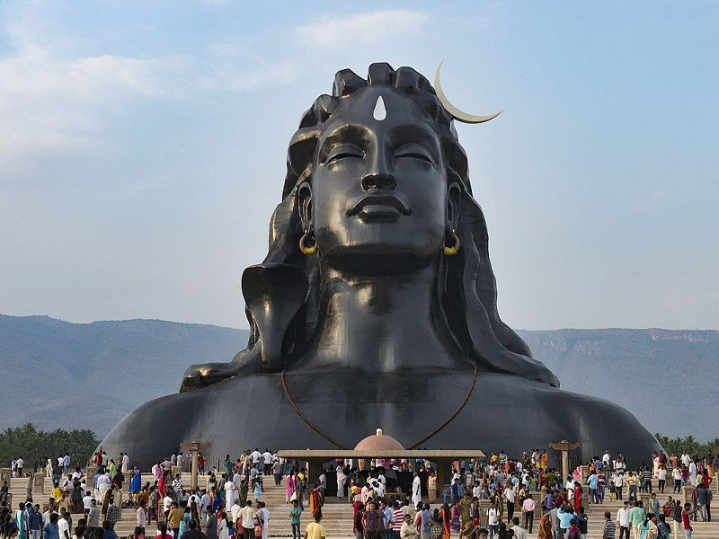Isha Yoga 10 Best Ashrams in India for Yoga and Meditation