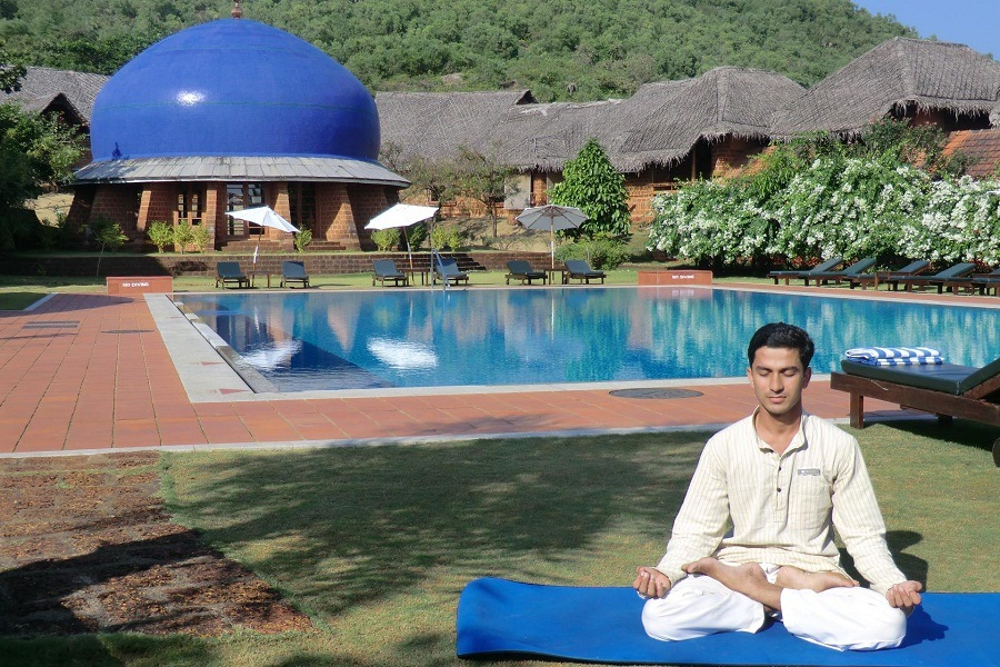 10 Best Ashrams in India for Yoga and Meditation 9