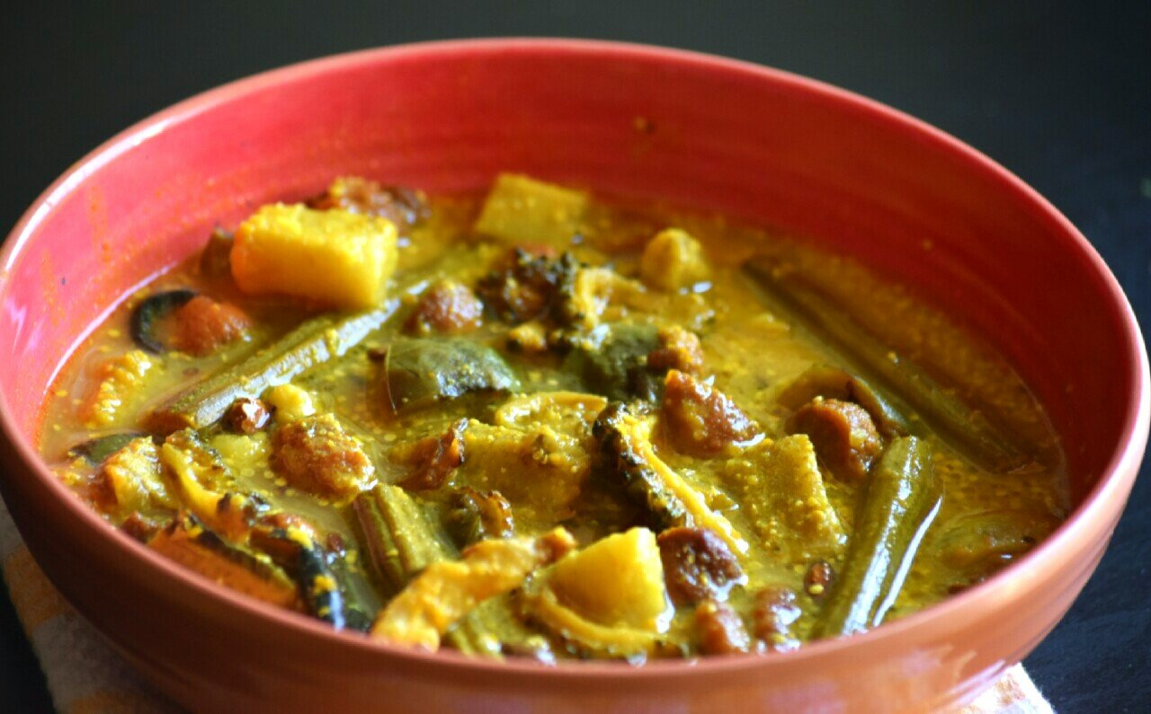 crazy masala food 14 Bengali Vegetarian Dishes For The Food-Loving Nomad