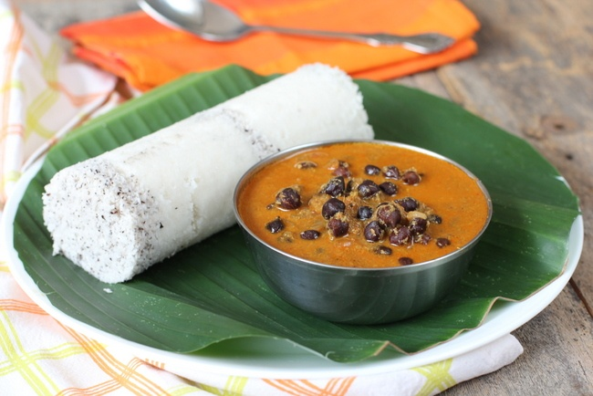 puttu kadala sailus food 13 Lip-Smacking Vegetarian Dishes Of Kerala To Give You A Visual Treat